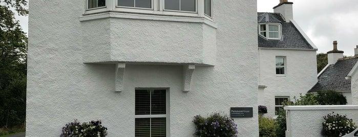 Peinmore House is one of Locais curtidos por Maurizio.
