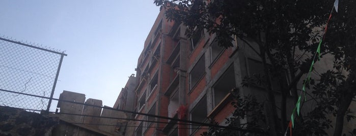 HBG Aralia Residencial is one of สถานที่ที่ Nancy ถูกใจ.