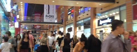 Seven Stars Mall is one of Tempat yang Disukai Alexandra.