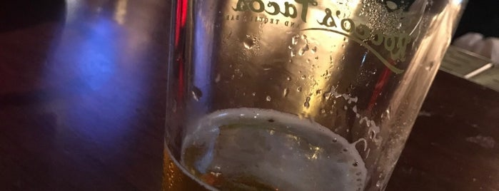 Rocco's Tacos & Tequila Bar is one of Posti che sono piaciuti a Warren.