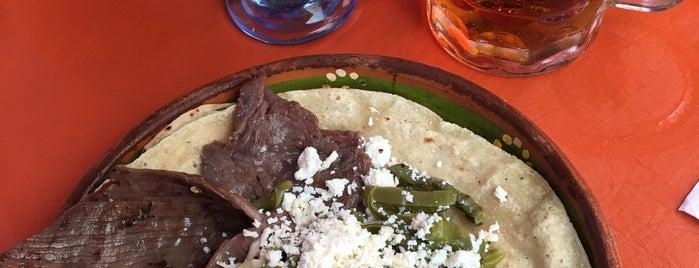Las Costillas De Marcelo is one of Tempat yang Disukai Rodrigo.