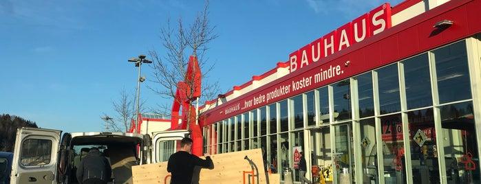 Bauhaus is one of Tempat yang Disukai Karl Ernest.