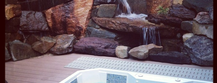 Oasis Hot Tub Garden is one of Gespeicherte Orte von Michael W..