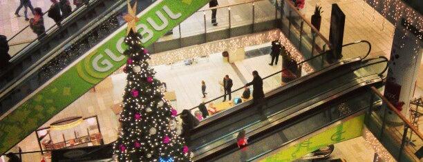 The Mall is one of Tempat yang Disukai JTT.