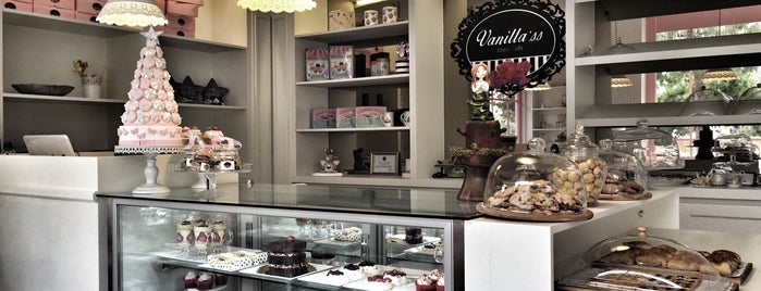 Vanilla'ss Bakery & Cafe is one of Lieux sauvegardés par Merve.