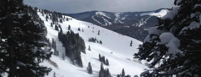 Vail Ski Resort is one of Colorado Ski Areas.