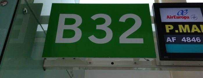 Gate B32 is one of jordi : понравившиеся места.