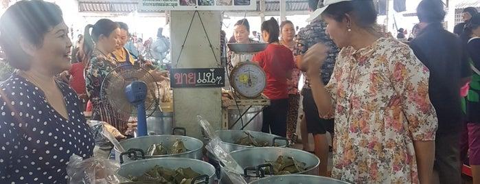 ตลาดสดเทศบาลตำบลเชียงคาน is one of Chiangkan.