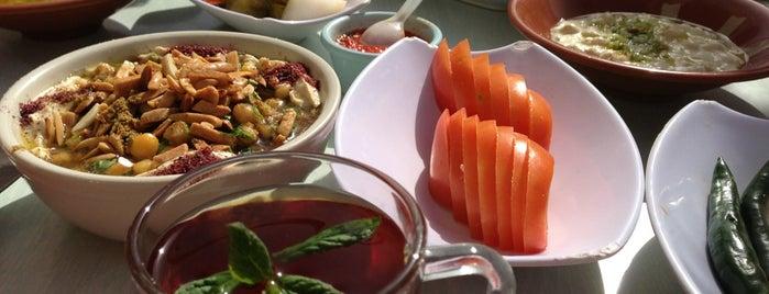 Hashem Restaurant is one of Locais salvos de Sam.