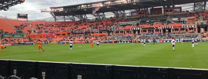 BBVA Compass Stadium Section 205 is one of Lugares favoritos de Sarah.