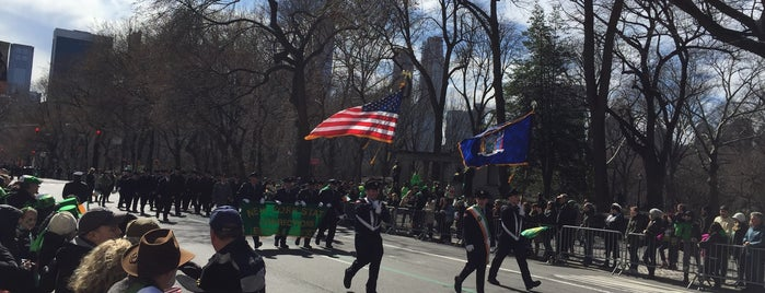 St Patrick's Day Parade is one of Orte, die Mark gefallen.