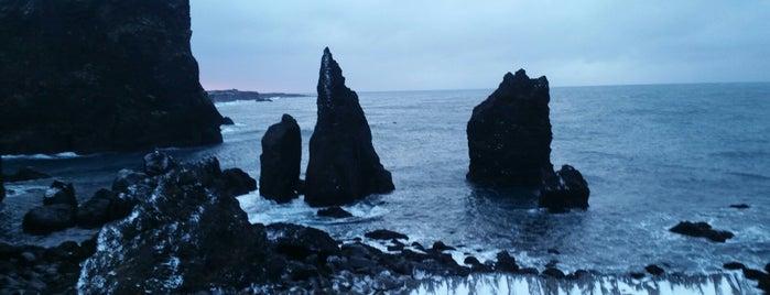 Reykjanes Peninsula is one of Lugares favoritos de Grace.