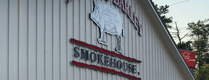 Butts & Barley Smokehouse is one of Dennis's Liked Places.