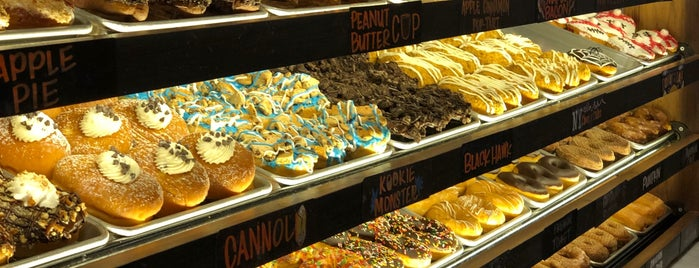 Donut Crazy is one of New Haven.