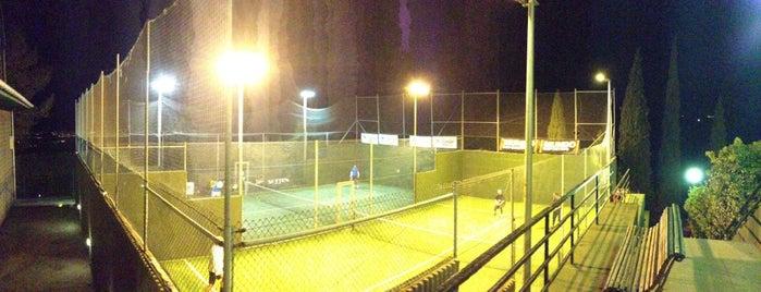 Club de Tennis Ciutat Diagonal is one of Comidas y cafés diferentes :).
