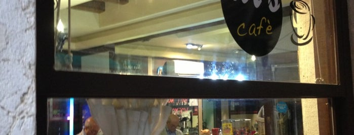 MarMi's Cafè is one of Tempat yang Disukai Alessandro.
