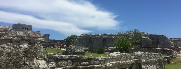 Zona Arqueológica de Tulum is one of Tempat yang Disukai Diego.