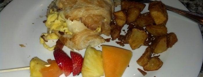 La Baguette Bistro & Bakery is one of OKC Breakfast/Brunch Spots.