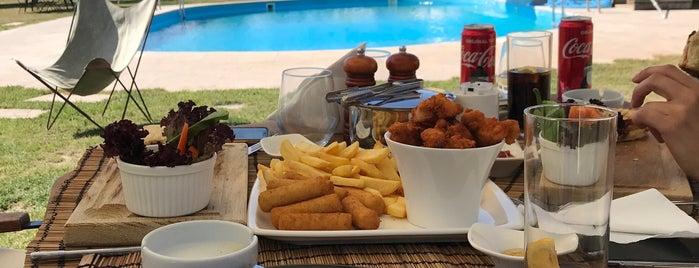 Nyssa Restaurant & Entertainment Center is one of Orte, die Ahmet gefallen.