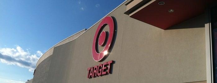 Target is one of สถานที่ที่ Eric ถูกใจ.