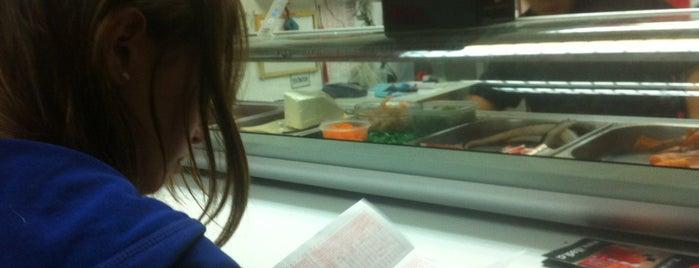 Sushi Tenshi is one of Tempat yang Disukai Andree.