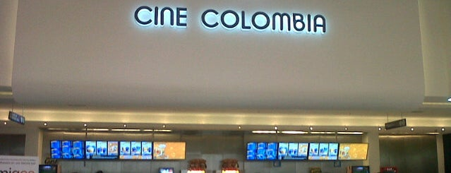 Cine Colombia | Multiplex Titán Plaza is one of Mauricio 님이 좋아한 장소.