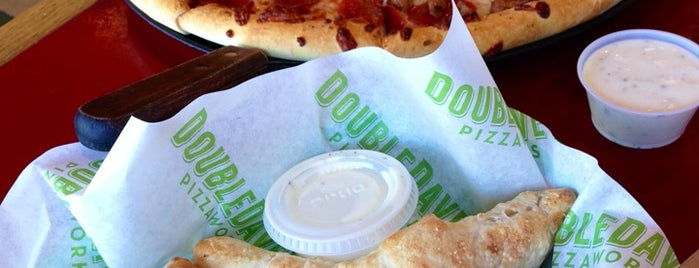 DoubleDave's Pizzaworks is one of w <3.