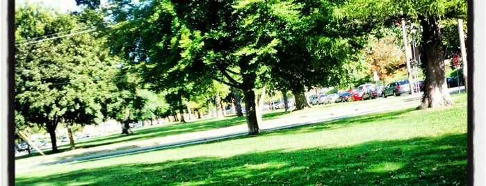 Walnut Park is one of 44 Things at Syracuse University.