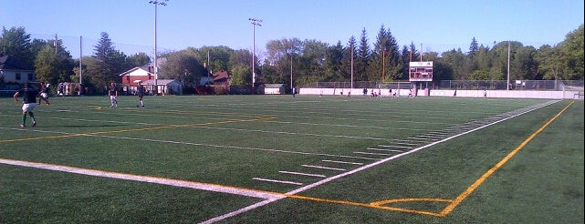 Minto Sports Complex | Complexe sportif Minto - uOttawa is one of Adinaさんのお気に入りスポット.