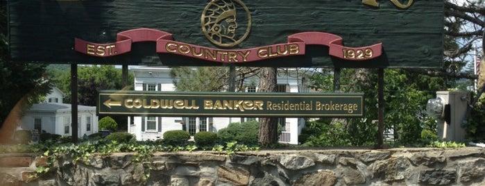 Lake Mohawk Country Club is one of Simmy'in Beğendiği Mekanlar.