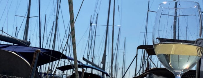 Viaport Marina is one of Ahmet : понравившиеся места.