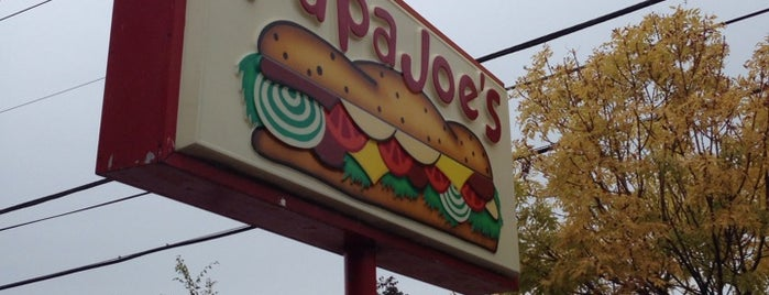 Papa Joe's Submarines is one of Lugares guardados de Colleen.