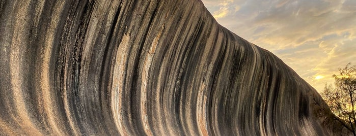 Wave Rock is one of Tanguy 님이 저장한 장소.
