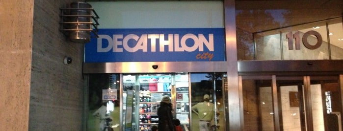 Decathlon Golf is one of Shopping.