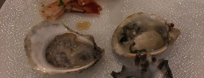 Seawell Fish n' Oyster is one of Miami.