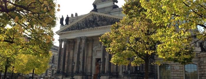Kunsthalle im Lipsiusbau is one of Dresden.