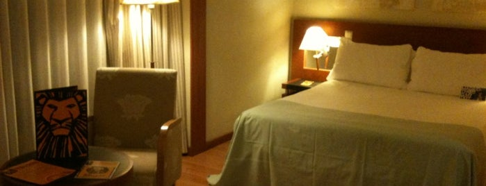 TRYP Madrid Plaza España is one of Ricardoさんのお気に入りスポット.
