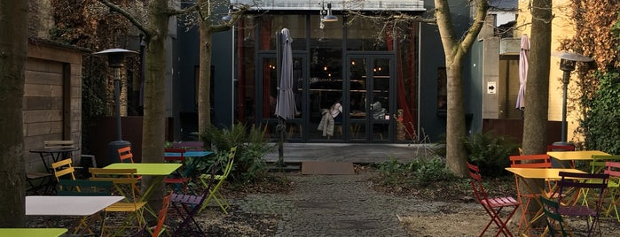VOS - Lunch & Foodsharing is one of สถานที่ที่ Vincent ถูกใจ.
