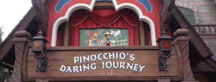 Pinocchio's Daring Journey is one of Lugares favoritos de Shamika.