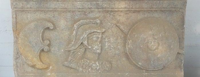 Αρχαιολογικο Μουσειο is one of Chios Island.
