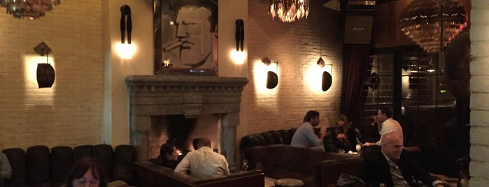 Lobby Bar at the Ludlow is one of drinks.