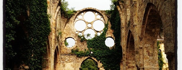 Abbaye des Vaux-de-Cernay is one of Around paris.