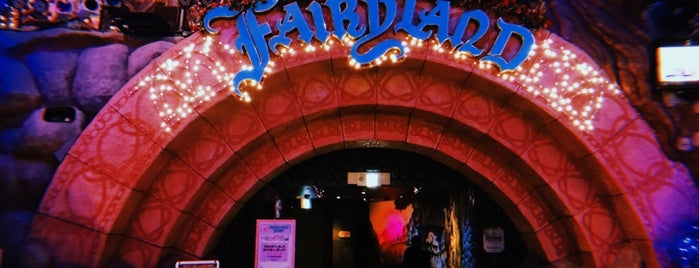 Fairyland Theater is one of สถานที่ที่ Shank ถูกใจ.