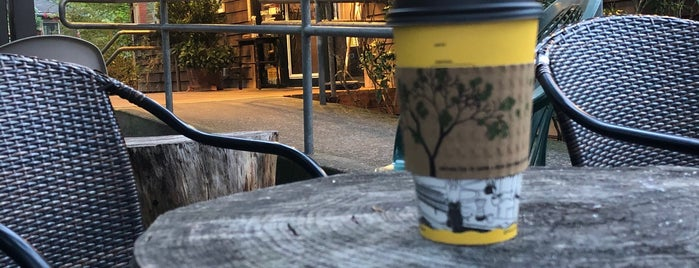 Manzanita News & Espresso is one of สถานที่ที่บันทึกไว้ของ Star.