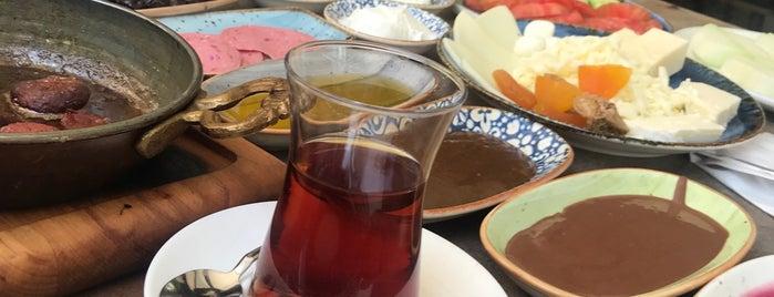 Noir Cafe & Kitchen is one of Turgut Emre 님이 좋아한 장소.