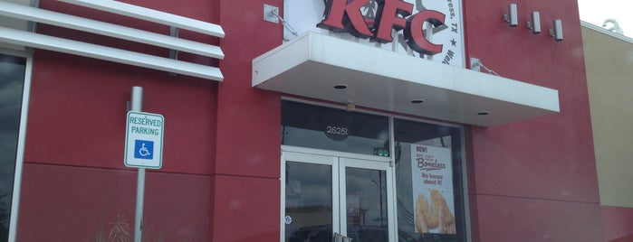 KFC is one of Orte, die Lucretia gefallen.