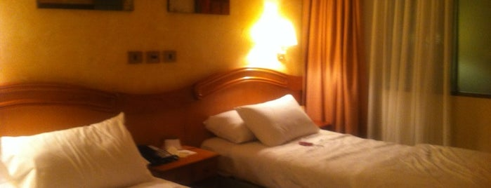Hotel Torremayor is one of Posti che sono piaciuti a Alan.