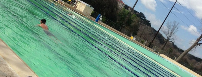 Deep Eddy Pool is one of Austin to-do.