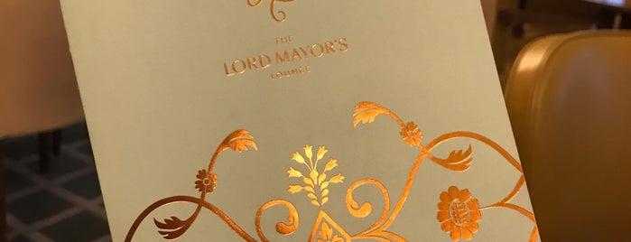 Lord Mayor's Lounge is one of Posti che sono piaciuti a Katie.