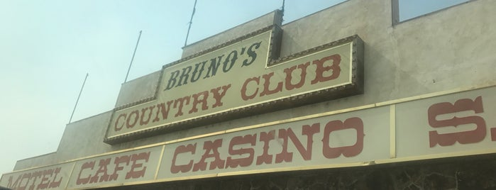 Bruno's Country Club is one of Burn Baby Burn.